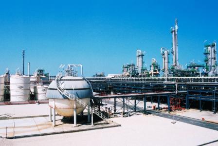 شركة قطر للفينيل